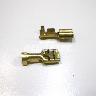 Terminal faston hembra mediano 4,9mm